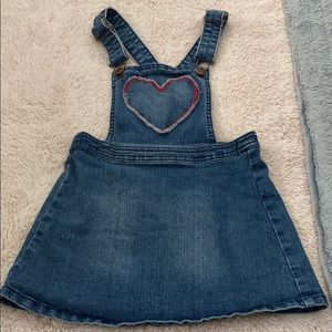 Genuine kids Oshkosh size 5 skirt heart overalls